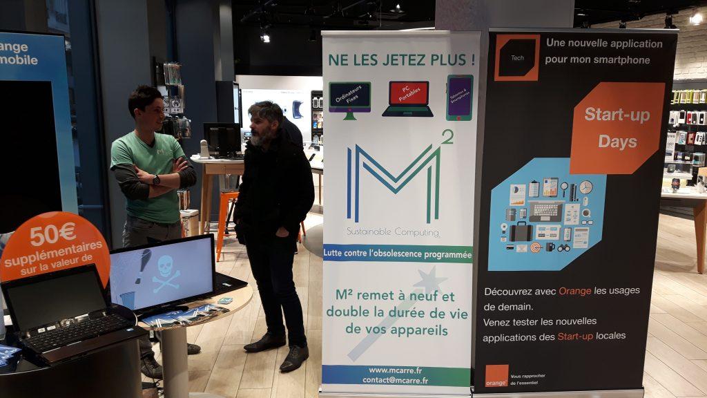 L'équipe M² parle obsolescence programmée avec les clients Orange Lyon République